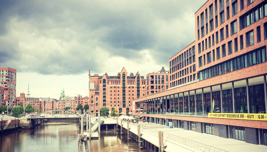 stadtfuehrung hamburg architektur HafenCity Elbtorquartier Bob Gysin
