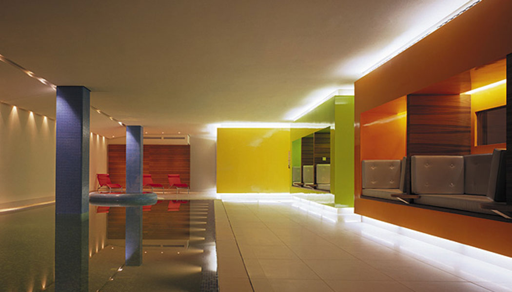 architectural-guided-tours-hamburg-alster-side-Hotel