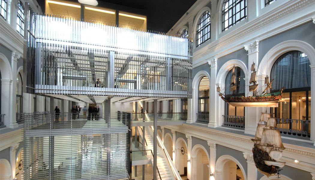 stadtfuehrung hamburg architektur Innenstadt Handelskammer Behnisch Haus im Haus