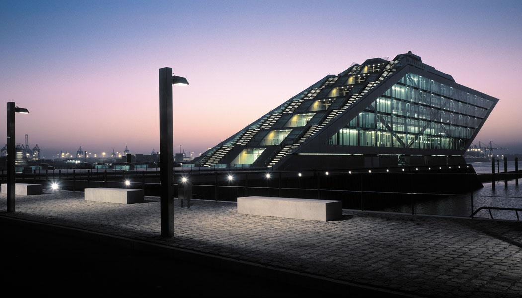stadtfuehrung hamburg architektur Perlenkette Dockland BRT