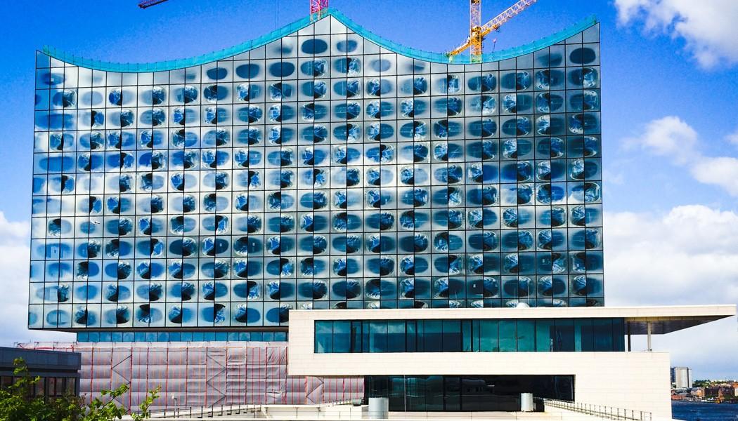 stadtfuehrung hamburg architektur HafenCity Elbphilharmonie Herzog de Meuron