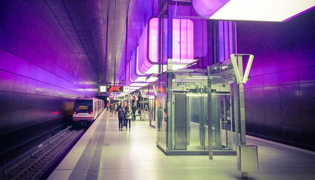 stadtfuehrung hamburg architektur U-Bahn HafenCity HCU