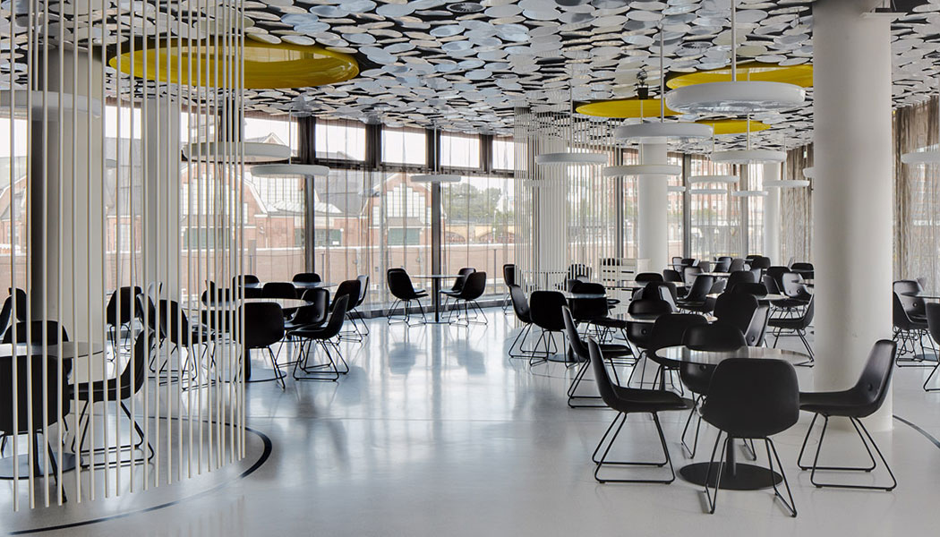 architectural-guided-tours-hamburg-hafencity-Spiegel-canteen