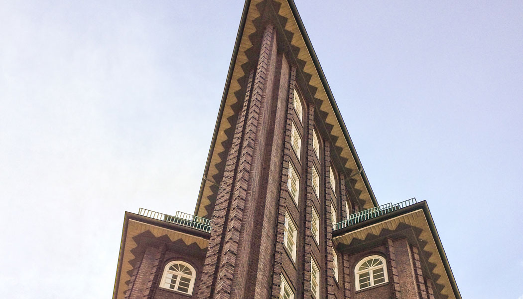 architectural-guided-tours-hamburg-world-heritage-chilehaus