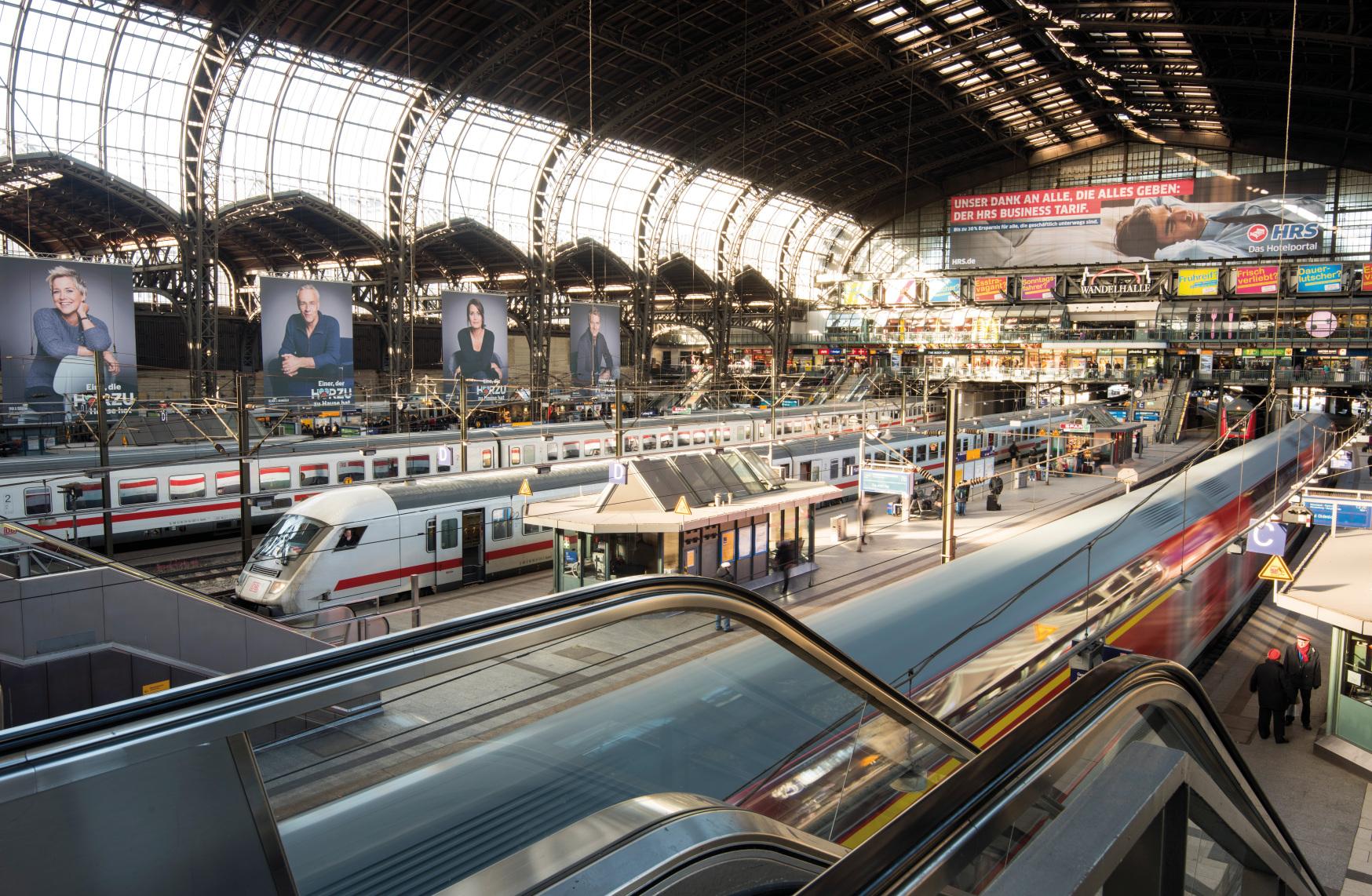 competition Hamburg's main train station